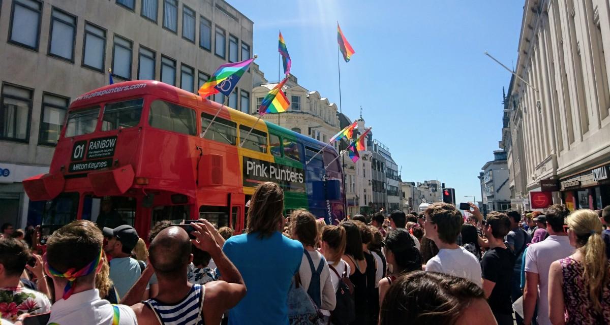 gaybus.JPG