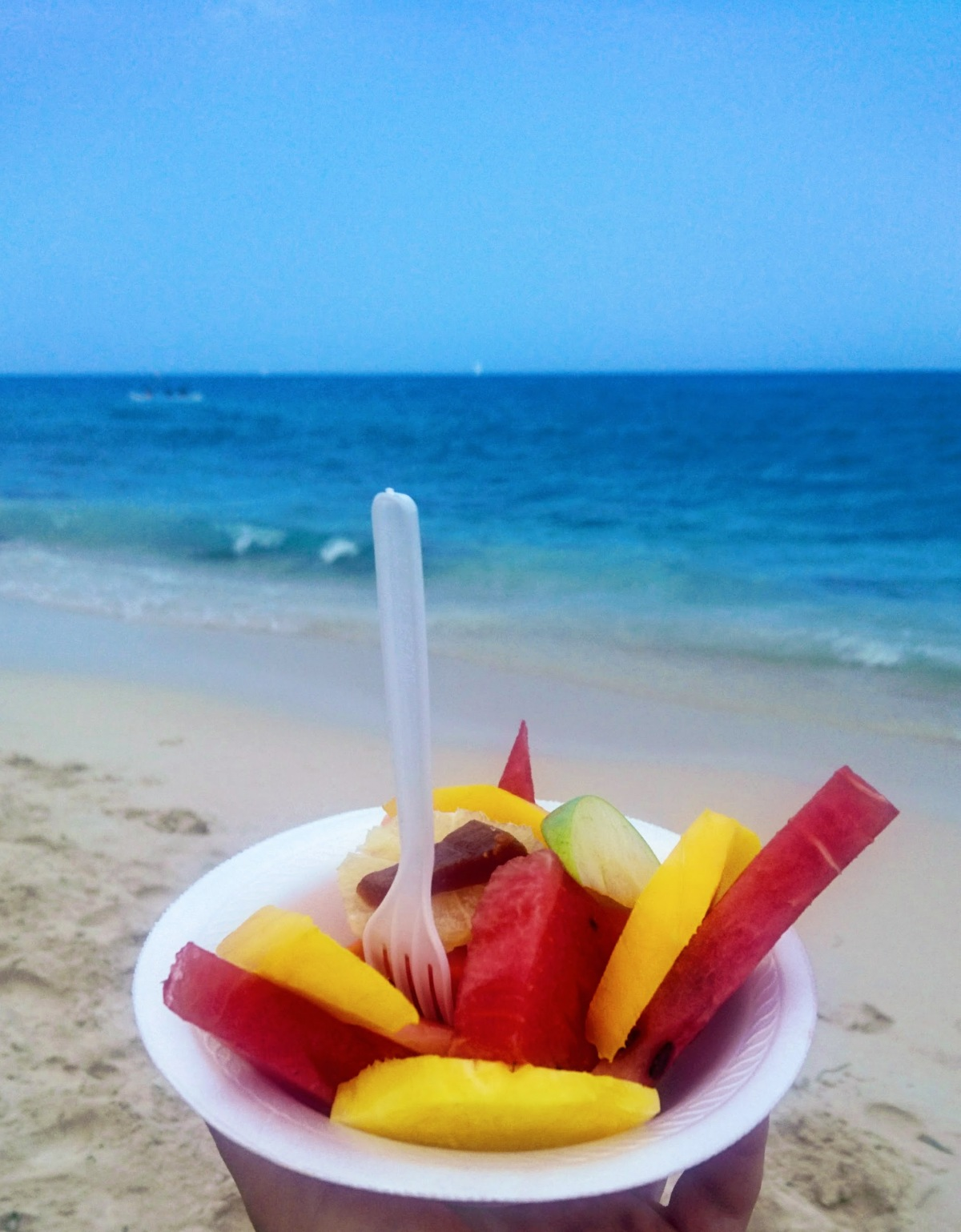 fruitdealad.JPG